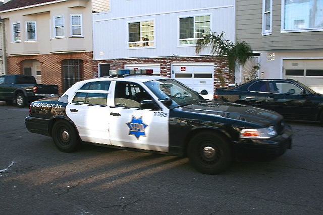 crime, police, cops, sfpd, violence, officer, danielmondragon, mondragon, missionlocal, neighborhoodcrime, news, attention, caution, 911, police department, sheriff, cops, crime alert