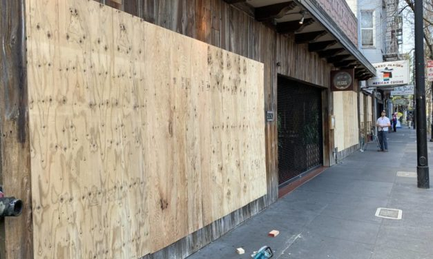 Apocalypse Chic: Valencia Street businesses board up their windows