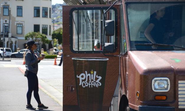 Extrabajadores alegan que Philz Coffee despidió a aquellos con preocupaciones por COVID-19