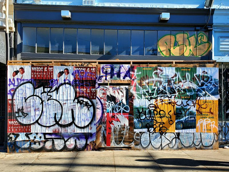 Graffiti on former Katz's bagel shop