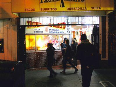 El Farolito at night