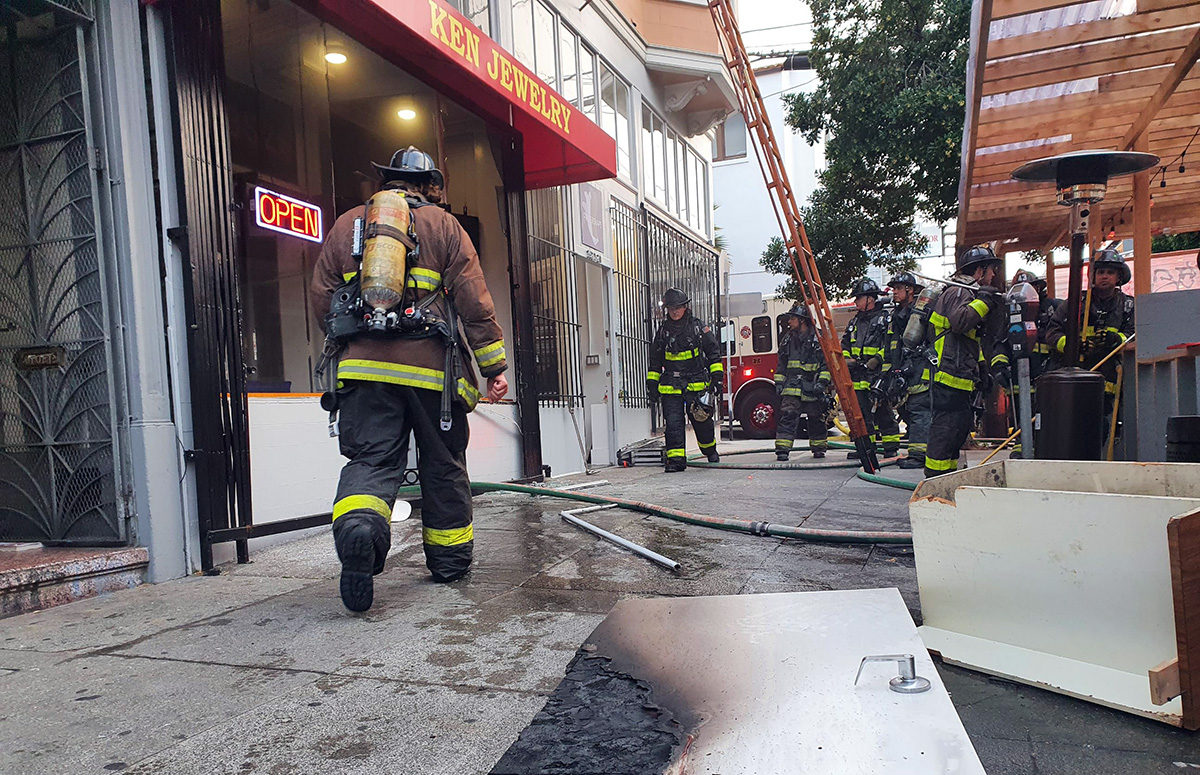Fire at Ken Jewelry