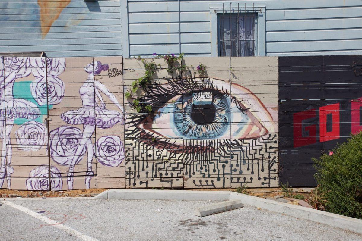 Mural of an eye on Shotwell.